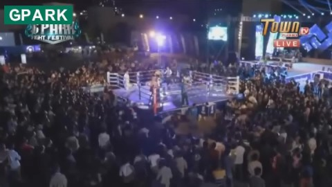 Chhean Reaksmey vs Noun Ratheb, Town Gpark Fight Festival, 21_11_2018 - YouTube