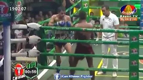 អ្នកឈឺដេញវាយអ្នកជា Ouch Thearith vs Famai(thai) Bayon Kun Khmer 03032019_2