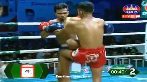 វៀត ប៊ុនឌឿន ជាមួយ ឌេនសាយ៉ាម - Viet Bundoeun Cambodia Vs Thai Densayam