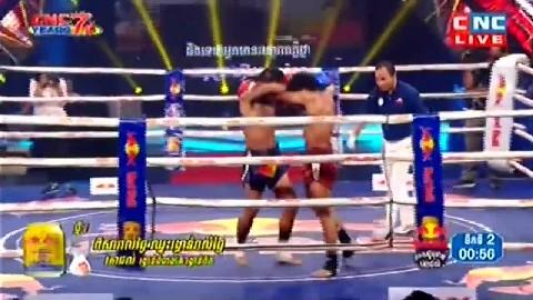 ពុយ វណ្ណៈ ជាមួយ ភីតសាយហ្វា - Puy Vannak Vs Thai Phitsayfar