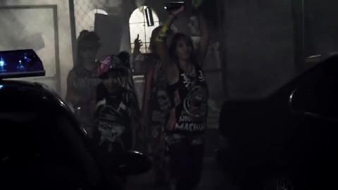 2NE1 - UGLY [MV]