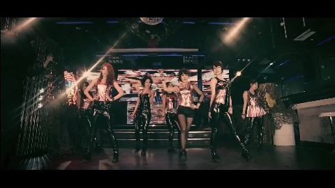 T_ARA LOVELY DOVELY MV