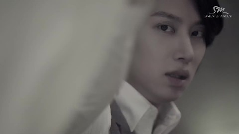 SUPER JUNIOR - (Evanesce)' MV