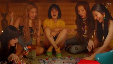 Red Velvet 레드벨벳 '음파음파 (Umpah Umpah) MV