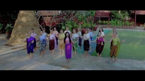 ក្រមុំឦសានក៏លាបឡេ - Kromom Ey San Kor Leab Le- តន់ ចន្ទសីម៉ា [ OFFICIAL VIDEO ]