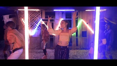 ធំៗធម្មជាតិ - លីនដា ( Music Video )